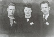 Hans Hollevik, Oddny neé Saltskår, and Anton Hollevik. The last two were arrested by the Germans on 15 March 1945, having been informed on by someone. Both were tortured during the interrogations. After some time they were taken to the prison camp at Espeland outside Bergen. They were released on Peace Day, 8 May 1945.