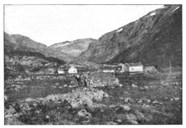 The two holdings at Østerbø in the valley of Aurdalen have been used as accommodation for tourists since the early 20th century. The house to the right still exists as an integral part of the new tourist cabin at Østerbø.