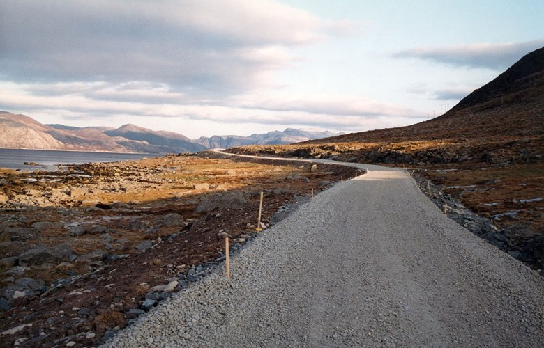 "The last section of the road between Sagebø and Botnane was completed in 1993. The 13-kilometre-long new road between Sagebø and Botnane had a road width of four metres. The road is dimensioned for a maximum speed limit of 60 km/h. The total cost was NOK 22.8 million. ""Landbrukets Utbyggingsfond"" (The Agricultural Development Fund) covered NOK 1.275 million; the rest was split between state and county authorities."