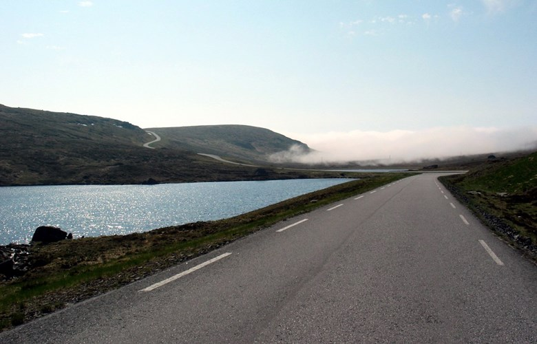The new Kråkenes road is nicely located in the terrain, and people at Kråkenes are well pleased with the road standard.