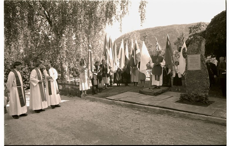 From the unveiling ceremony on 6 September, 1992. Missionary women were flagbearers.